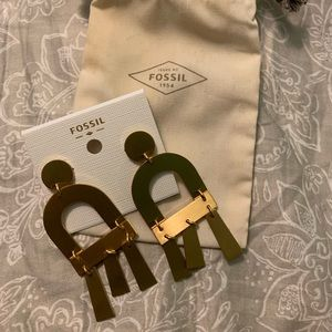 NWT Fossil earrings